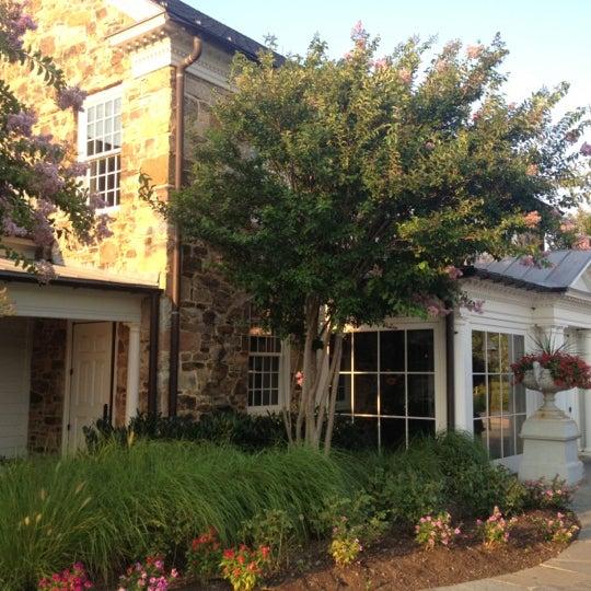 Das Foto wurde bei Clyde's Willow Creek Farm von Chrissy O. am 7/17/2012 aufgenommen