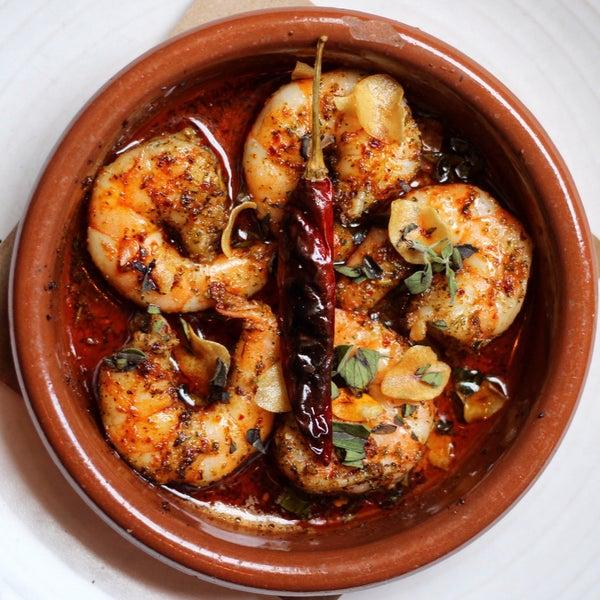 Mussels Escabeche, tartare, sunchokes