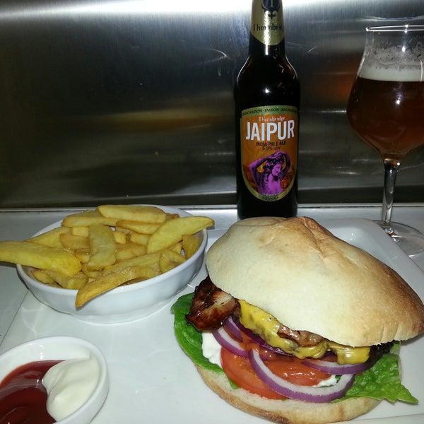 das hawidere craft beer sortiment, und der smoky craft burger