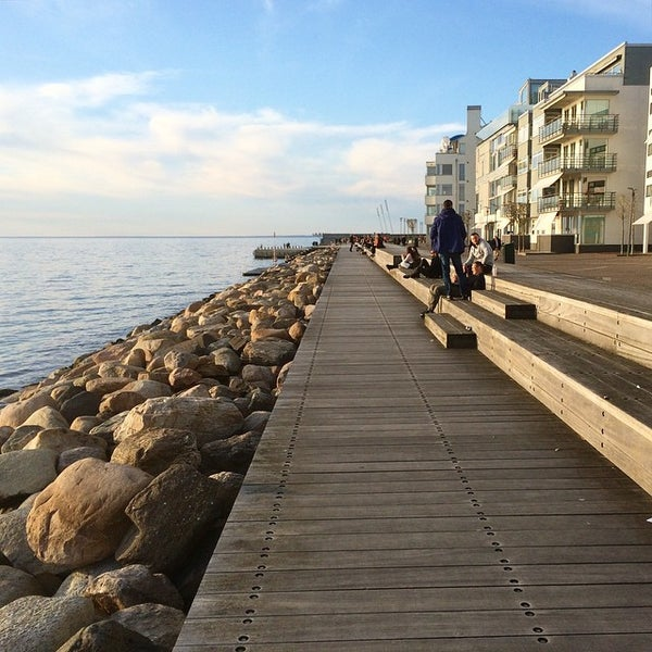 Where's Good? Holiday and vacation recommendations for Malmö, Sweden. What's good to see, when's good to go and how's best to get there.