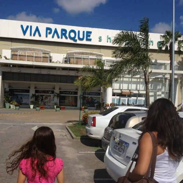 Foto tirada no(a) Via Parque Shopping por Solange R. em 1/19/2013
