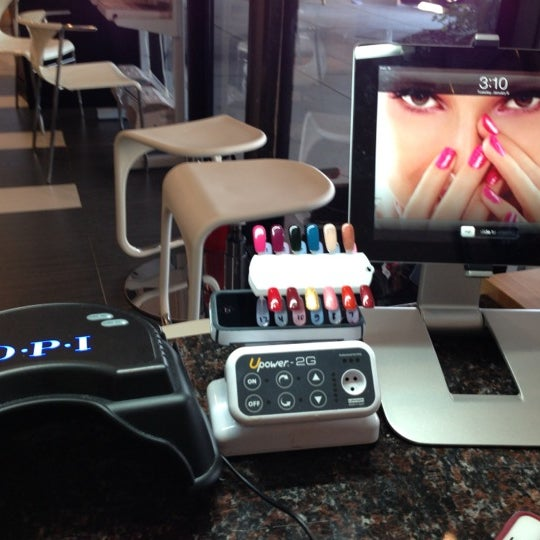 Photo taken at Heavenly Nails & Spa by Phu N. on 1/25/2013