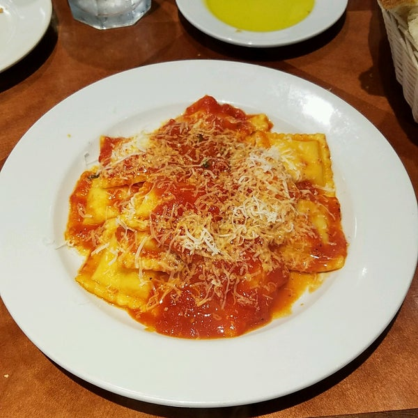 Photo taken at Costantino's Venda Ravioli by H.C. @. on 9/9/2016