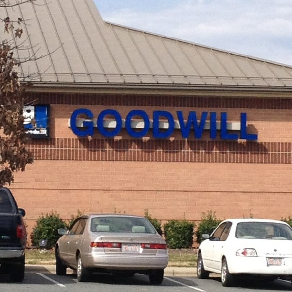 goodwill retail store thrift vintage store in mooresville. Black Bedroom Furniture Sets. Home Design Ideas