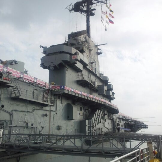 Photo taken at USS Lexington Museum On The Bay by Harri U. on 12/16/2012