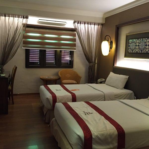 Photo taken at Hotel Puri by 제니 on 5/7/2016