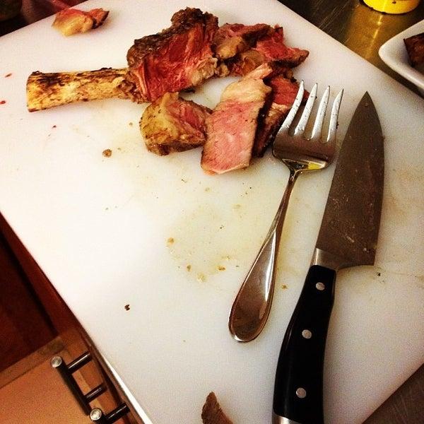 Foto tomada en Limón: Catering, Eventos y Escuela Culinaria por Raymond R. el 12/31/2013