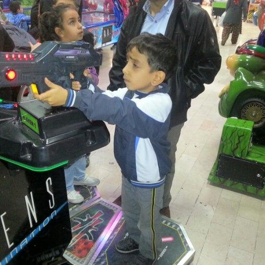 11/11/2012 tarihinde Volkan A.ziyaretçi tarafından Iyaş Market'de çekilen fotoğraf