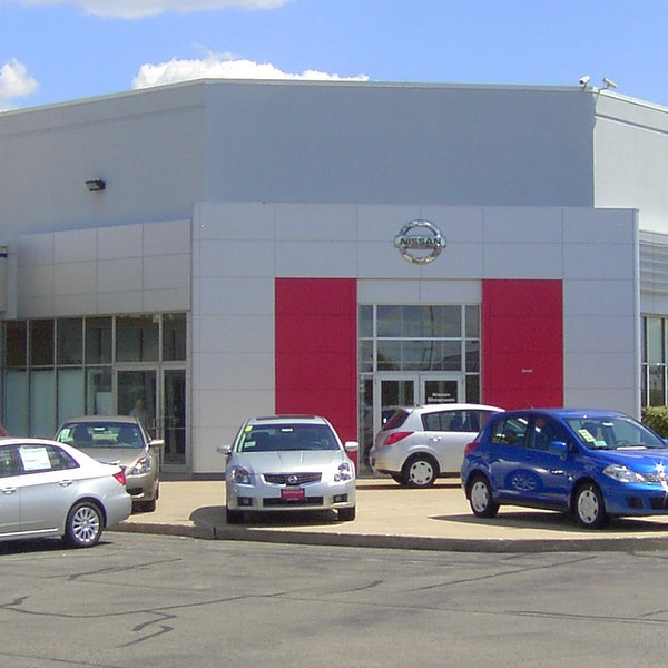 Gerald Nissan Of North Aurora Auto Dealership In North
