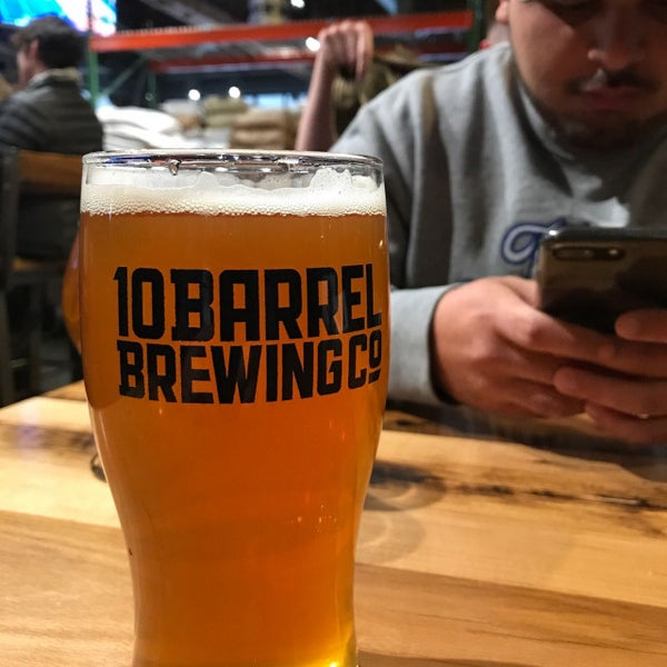 Photo taken at 10 Barrel Brewing by Michael N. on 11/4/2017
