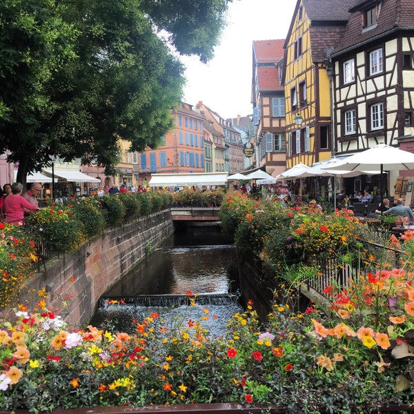 Colmar: colmar beauty and the beast