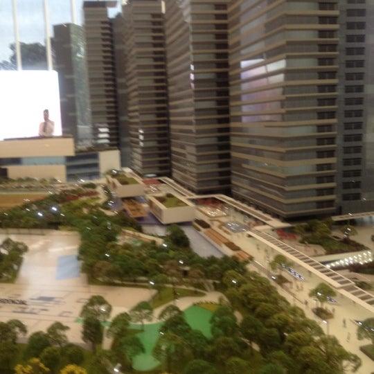 Foto tirada no(a) Obras Parque da Cidade por Maycon em 10/1/2012