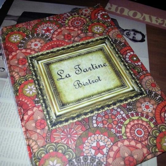 Foto tirada no(a) La Tartine Bistrot por Victor A. em 10/20/2012