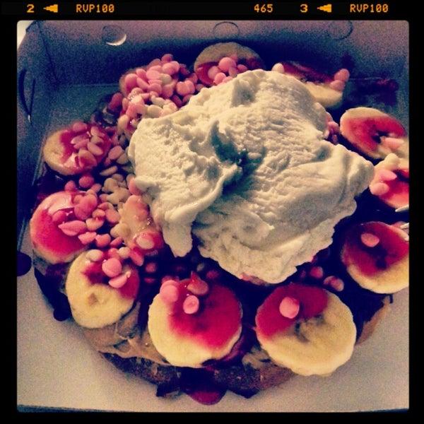 Foto tirada no(a) Waffle Edem por Selin O. em 2/10/2013
