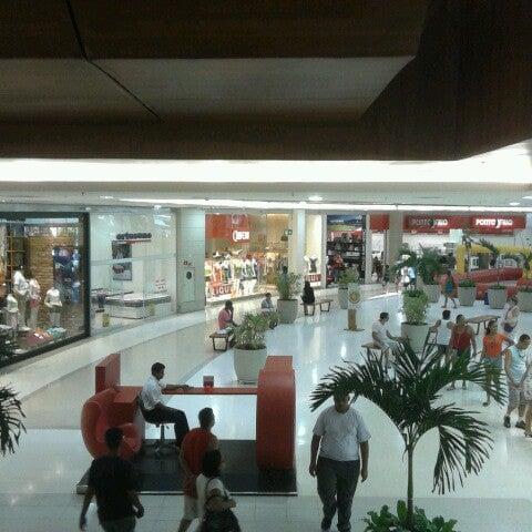 Foto tirada no(a) Partage Shopping São Gonçalo por Leticia S. em 2/13/2013