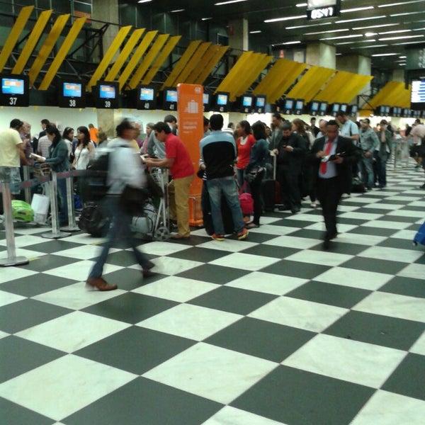 Снимок сделан в Международный аэропорт Конгоньяс/Сан-Паулу (CGH) пользователем Wagner M. 10/25/2013