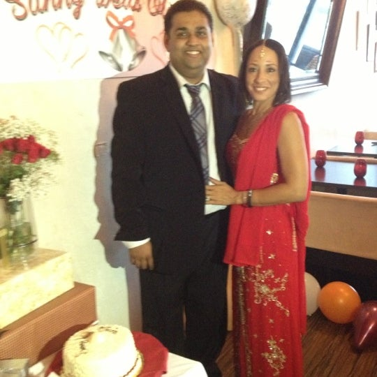 Photo taken at Saffron Indian Cuisine by Soneya S. on 10/13/2012