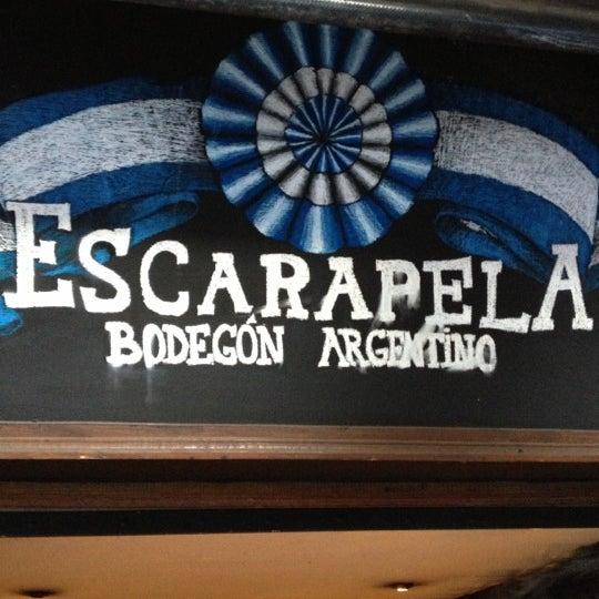 Foto tomada en Escarapela, Bodegón Argentino por Koronel T. el 11/19/2012