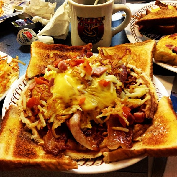 Photo taken at Waffle House by Ben on 11/9/2012