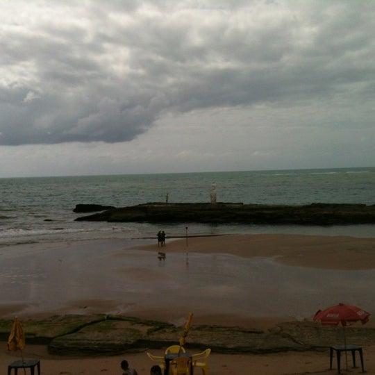 Foto tirada no(a) Praia Mirante da Sereia por Osvaldo Henrique Franco de S. em 9/15/2012