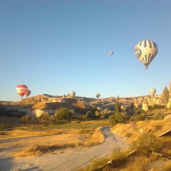 7/24/2013 tarihinde Alejandro M.ziyaretçi tarafından Tourist Hotels & Resorts Cappadocia'de çekilen fotoğraf