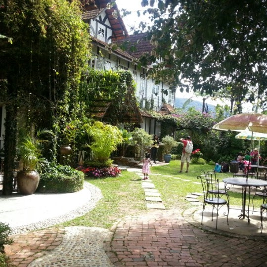 Photos at bala\'s chalet outdoor garden - Bala\'s Holiday Chalet