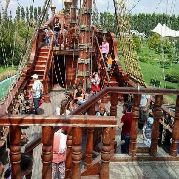 8/25/2013 tarihinde Sinem Ö.ziyaretçi tarafından Sazova Bilim Kültür ve Sanat Parkı'de çekilen fotoğraf