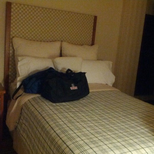 Photo taken at Four Points by Sheraton Los Angeles International Airport by Goodwine C. on 10/13/2012