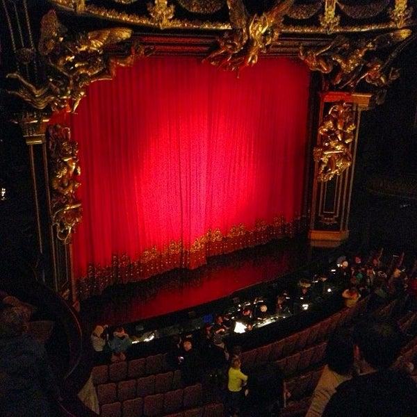 Foto tirada no(a) Majestic Theatre por Simon Taylor A. em 12/29/2012