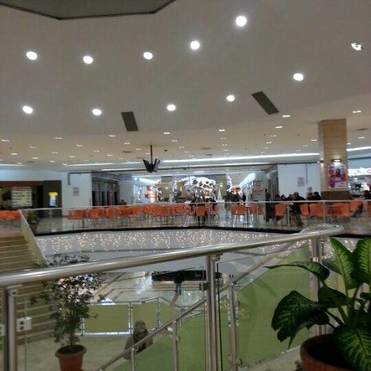 12/14/2012 tarihinde Omar G.ziyaretçi tarafından Beylikdüzü Migros AVM'de çekilen fotoğraf