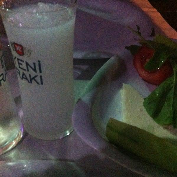 Das Foto wurde bei Kekik Restaurant von İmre🌺 am 8/24/2013 aufgenommen