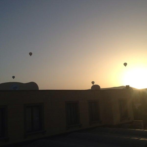 5/31/2013 tarihinde Sercanziyaretçi tarafından Tourist Hotels & Resorts Cappadocia'de çekilen fotoğraf