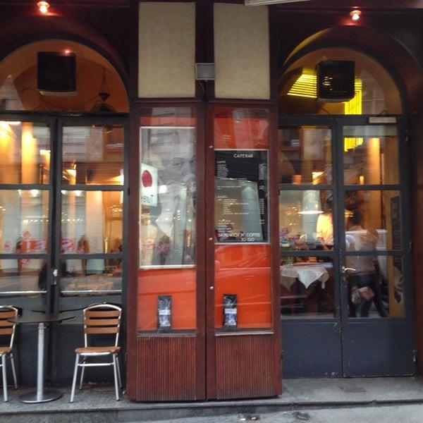 Das Foto wurde bei Café Daniel Moser von Bülent K. am 1/7/2014 aufgenommen
