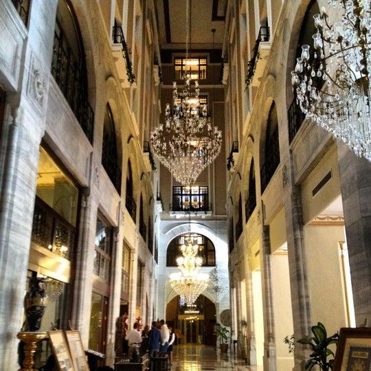 10/13/2012 tarihinde Emir H.ziyaretçi tarafından Legacy Ottoman Hotel'de çekilen fotoğraf