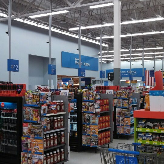 Photo taken at Walmart by Larry S. on 11/5/2013