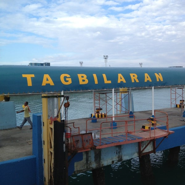 Photo taken at Tagbilaran City Bohol Port by Ven Marc T. on 1/27/2013