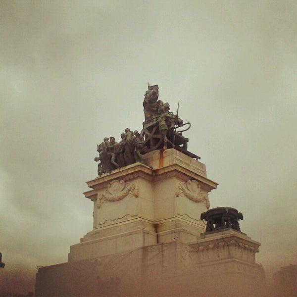 Das Foto wurde bei Museu Paulista von Ana C. am 1/12/2013 aufgenommen