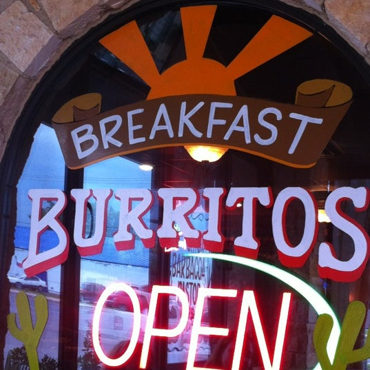 Photo taken at Los Hermanos Mexican Restaurant by Kurt on 10/5/2012