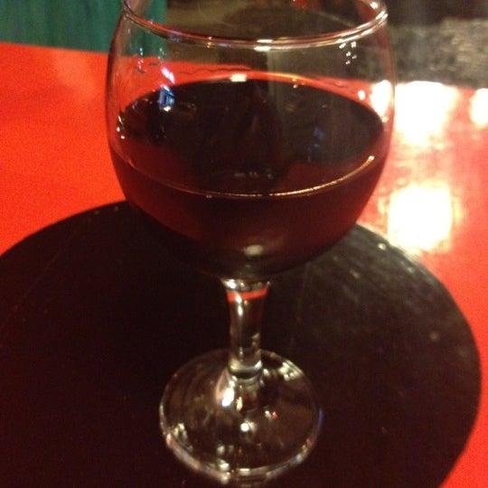 9/1/2012 tarihinde Ali Cumhurziyaretçi tarafından Ada Cafe'de çekilen fotoğraf