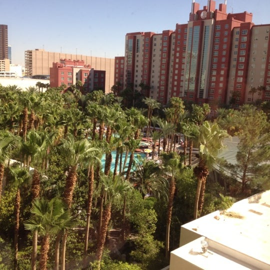 Photo taken at Flamingo GO Pool by Wendy H. on 9/16/2012
