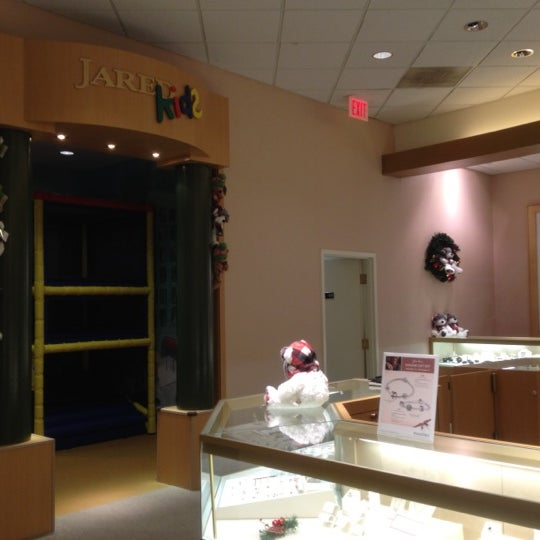 Photos at Jared The Galleria of Jewelry Central Newport News 5 tips