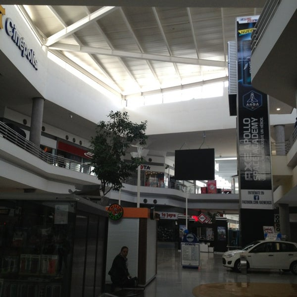 Photo taken at Centro Las Americas by Diego G. on 3/28/2013