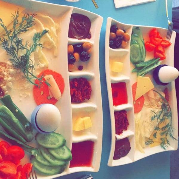 1/25/2016 tarihinde İsmail Ş.ziyaretçi tarafından Otlangaç Kahvaltı & Kafe'de çekilen fotoğraf