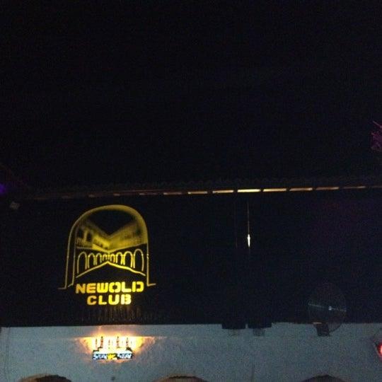 9/23/2012 tarihinde Bayse A.ziyaretçi tarafından NewOld Club'de çekilen fotoğraf