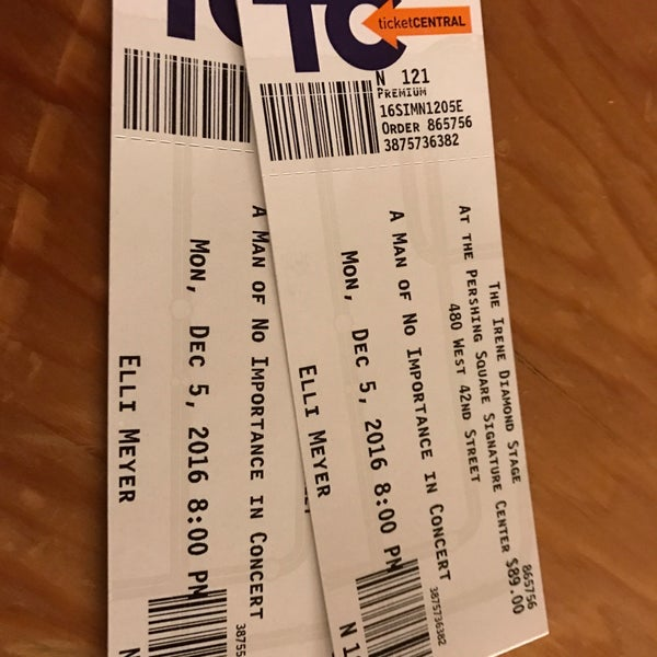 Photo taken at Pershing Square Signature Theater by Elli T. on 12/6/2016
