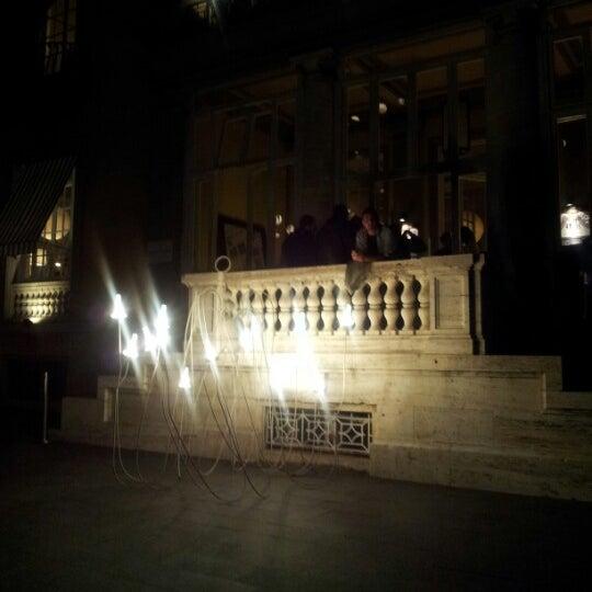 Photo taken at Mò Mò Republic by Paola on 10/18/2012