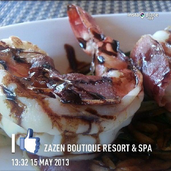 Photo taken at Zazen Boutique Resort & Spa by Thiti N. on 5/15/2013