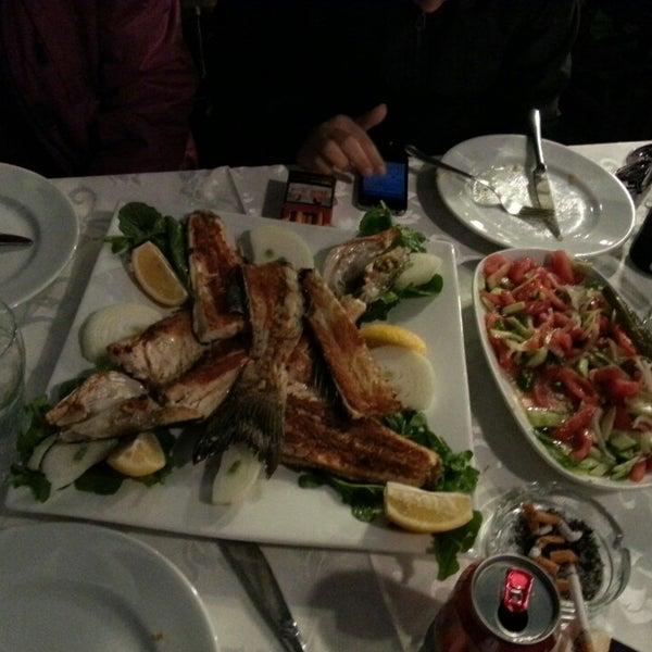 4/6/2013 tarihinde M. Akif A.ziyaretçi tarafından Çapari Restaurant'de çekilen fotoğraf