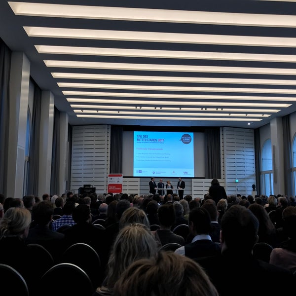 Photo taken at Hamburg Chamber of Commerce by Stefan S. on 4/25/2017