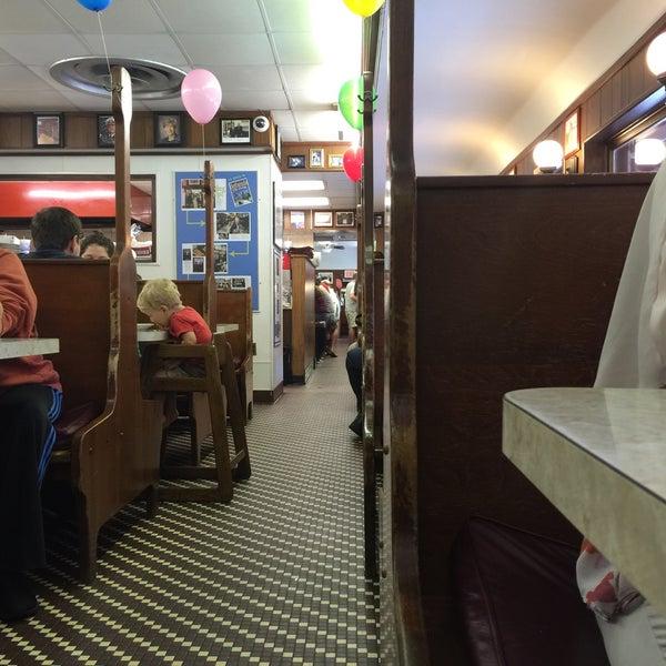 Photo taken at Tastee Diner by George V. on 9/5/2015